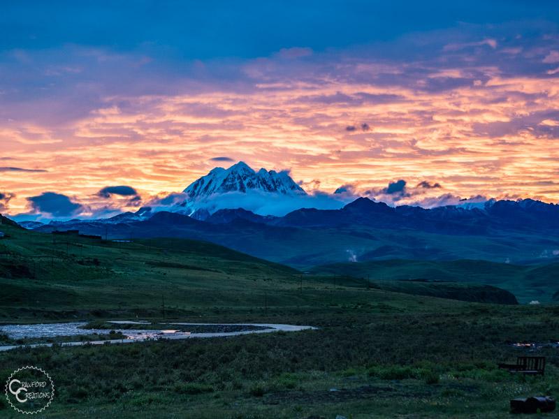 khampa-nomad-ecolodge-sunrise